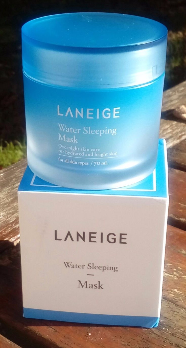 la neige water sleepling mask