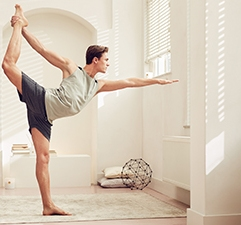 YOGA HOMME